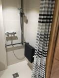 salle-de-bain-pmr-7042